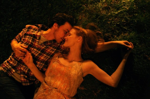 Podcast: White Bird in a Blizzard, The Disappearance of Eleanor Rigby – Extra Film